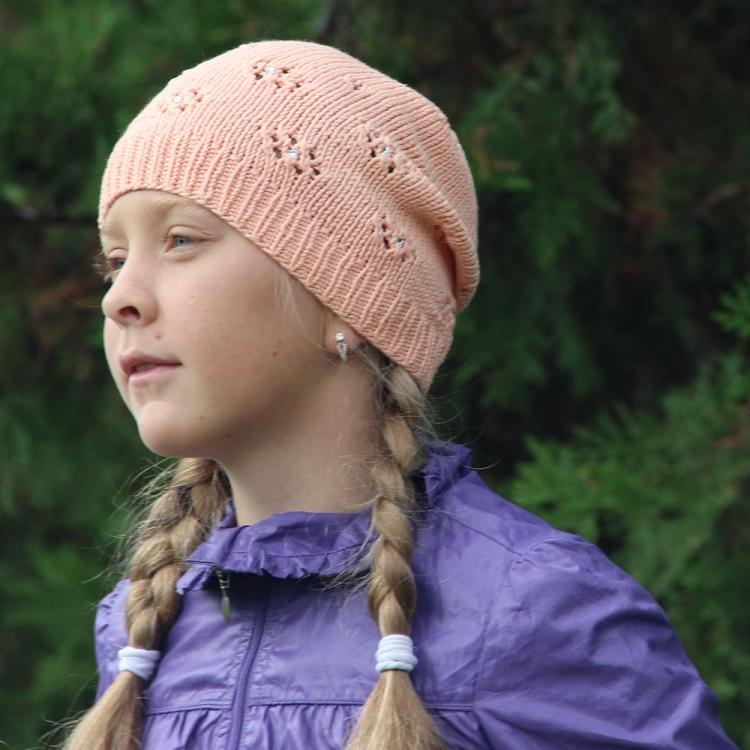 вязаные шапки ручной работы спицами